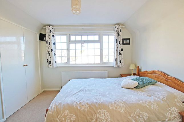 Picture No. 41 of Junewood Close, Woodham, Addlestone KT15