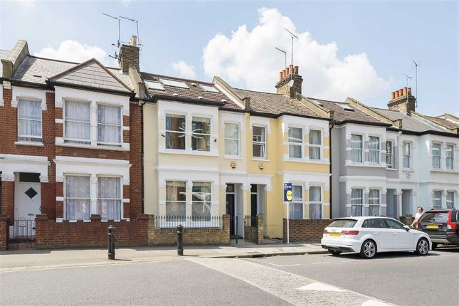 Thumbnail Property to rent in Kelvedon Road, London
