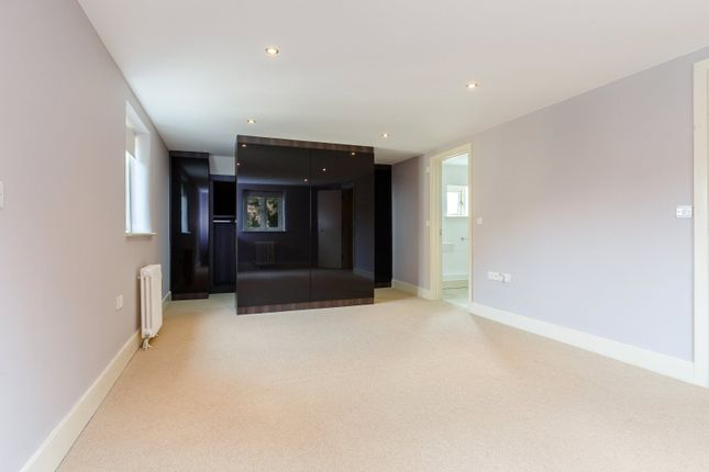 Master Bedroom of St Lawrence Road, South Hinksey, Oxford OX1