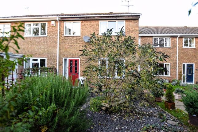Thumbnail Terraced house for sale in Claydon Path, Aylesbury