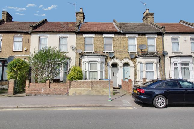 Thumbnail Terraced house for sale in Cann Hall Road, London