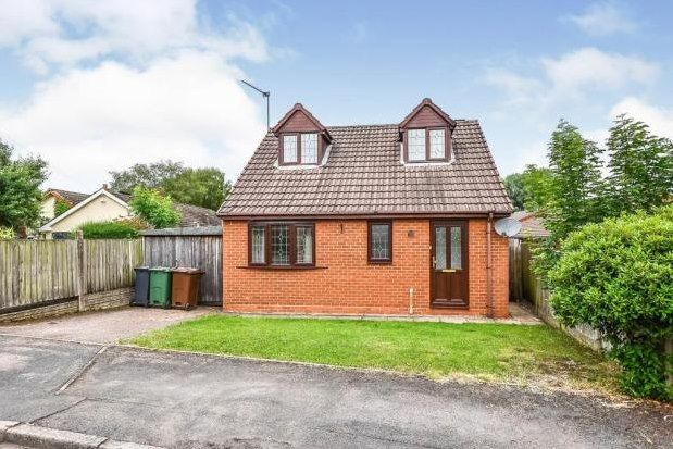 2 bed bungalow to rent in Pear Tree Lane, Walsall WS8