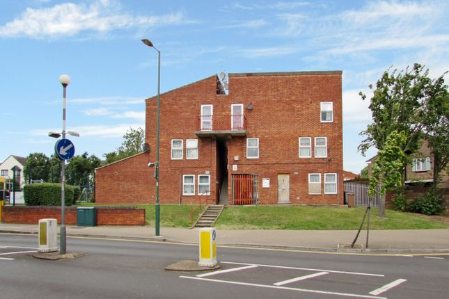 Thumbnail Maisonette to rent in Lightley Close, Wembley, Middlesex
