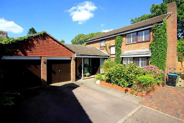 Detached house in  Linden Glade  Hemel Hempstead  Watford