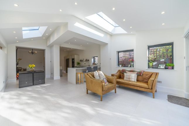 Thumbnail Detached house to rent in Grove Lane, Kingston Upon Thames