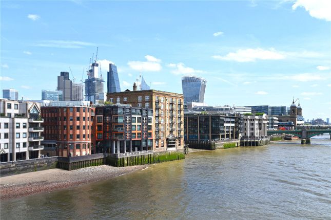 Thumbnail Property for sale in Globe View, 10 High Timber Street, London