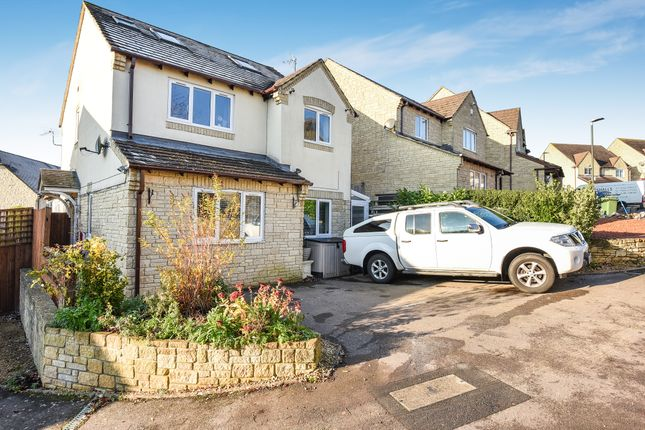 Thumbnail Detached house for sale in Geralds Way, Chalford, Stroud