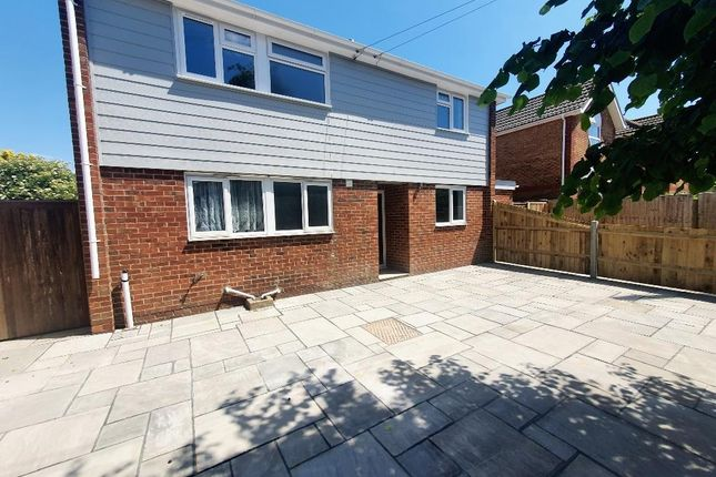 Thumbnail Flat to rent in Neville Road, Bognor Regis