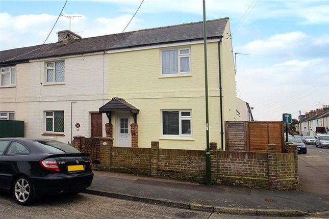 2 bed end terrace house to rent in North Street, Wick, Littlehampton