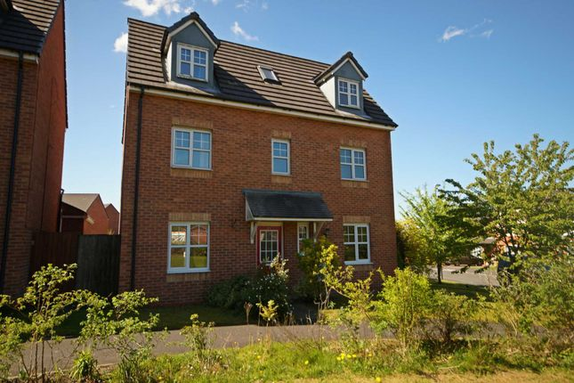 4 bed detached house to rent in Burgh Wood Way, Chorley