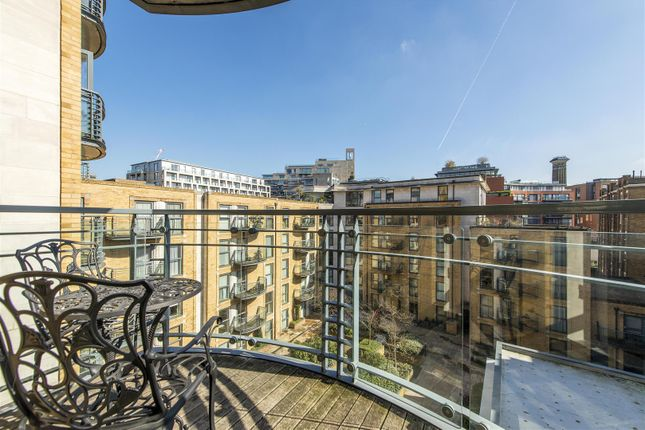 Balcony of Chelsea Gate Apartments, 93 Ebury Bridge Road, Chelsea, London SW1W