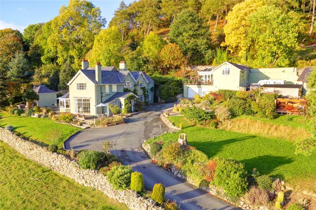 Thumbnail Detached house for sale in Geufron, Llangollen, Clwyd