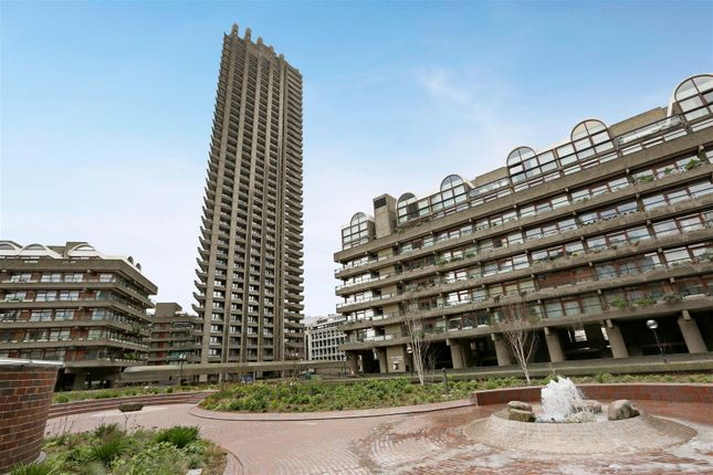 Thumbnail Flat for sale in Lauderdale Tower, Barbican, London