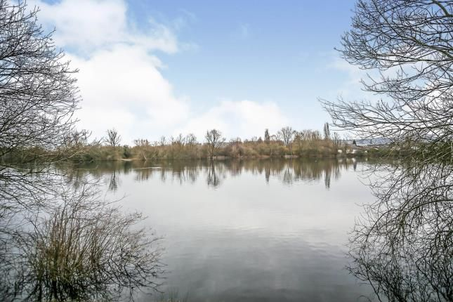 2 bed flat for sale in The Lakes, Larkfield, Aylesford, Kent ME20