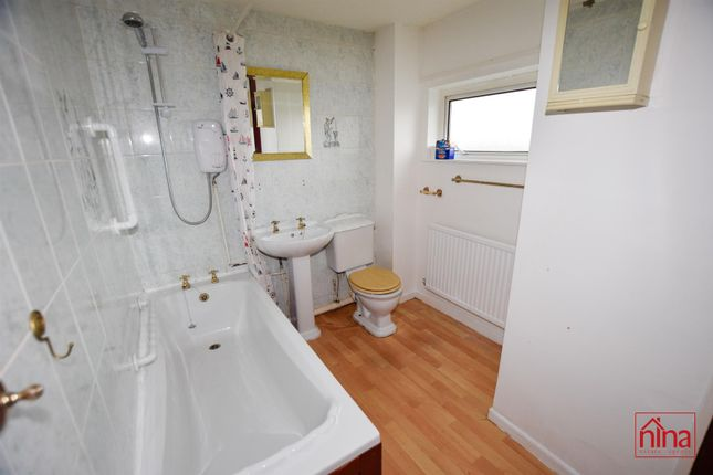 Bathroom of Michaelston Close, Barry CF63