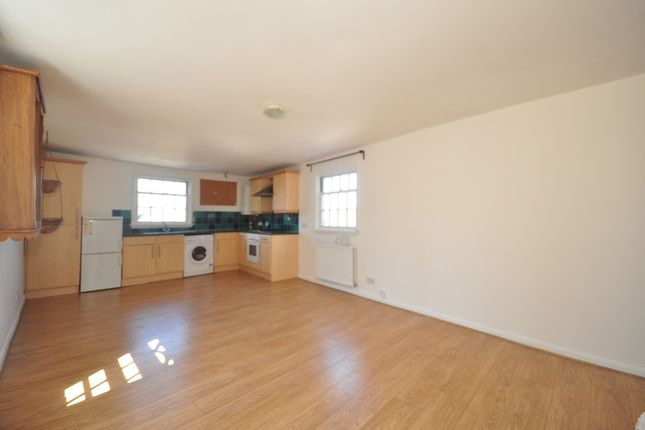 Thumbnail Flat to rent in High Street, Lewes