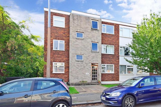 Thumbnail Flat for sale in Heathcote Grove, London