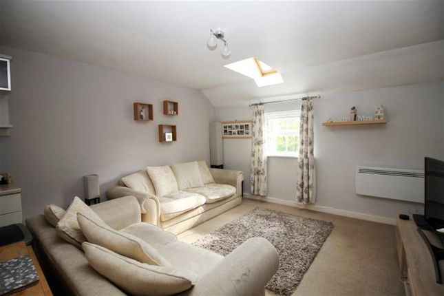 2 bed flat for sale in Broadlands Place, Pudsey