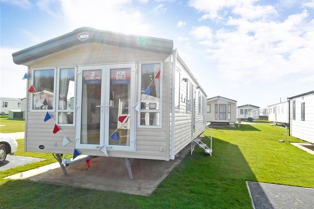 3 Bed Mobile Park Home For Sale In Shottendane Road Birchington Kent