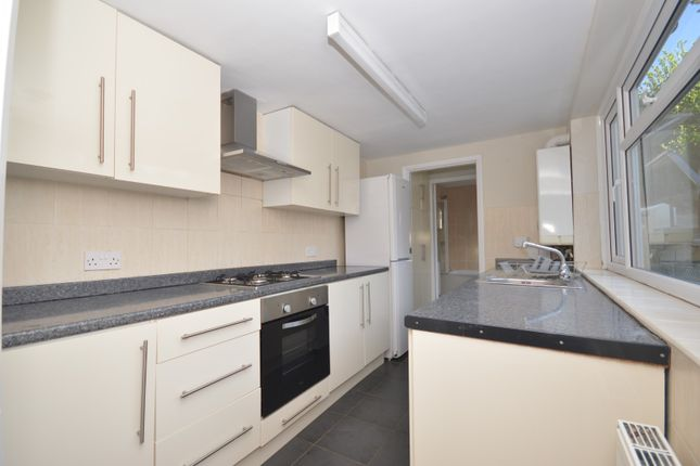 Kitchen 2 of Dewe Road, Brighton BN2