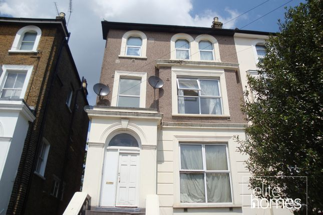 Thumbnail Flat to rent in Woodland Road, London