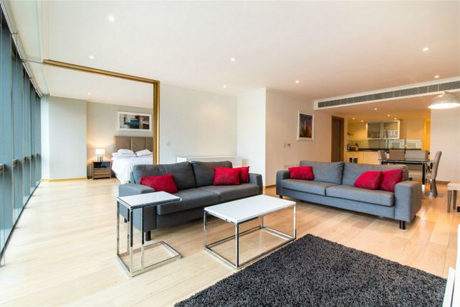 Thumbnail Flat for sale in West India Quay, 26 Hertsmere Road, London