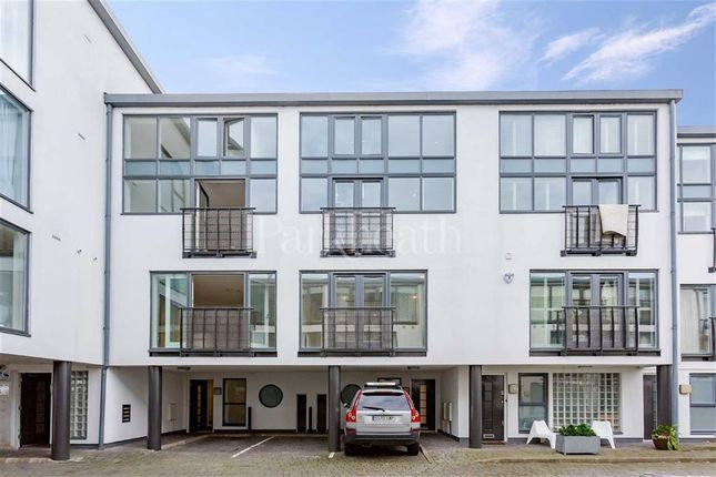 Thumbnail Flat to rent in Wellington Road, Kensal Rise, London