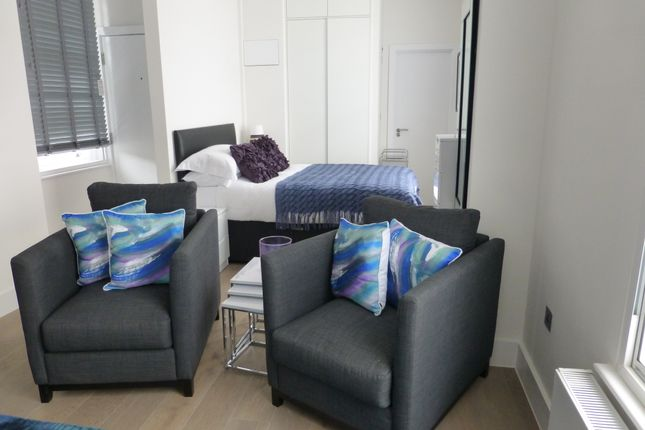 Thumbnail Studio to rent in Shaftesbury Avenue, London