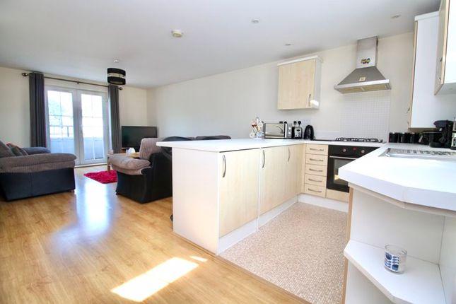 Kitchen/Living of Weston Lane, Southampton SO19