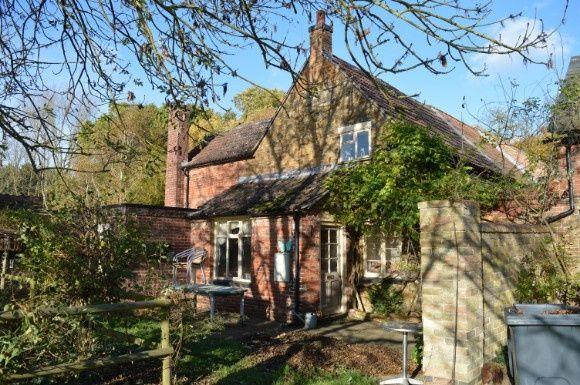 Thumbnail Cottage to rent in Pasture Lane, Knipton, Grantham
