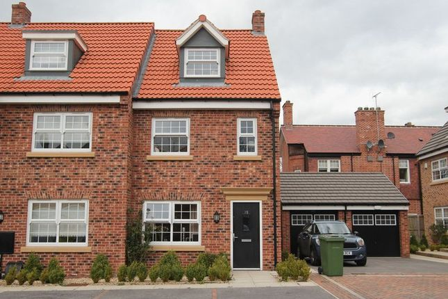 Thumbnail Semi-detached house to rent in Cleminson Gardens, Cottingham