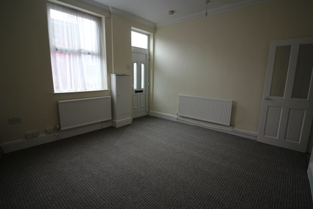 Thumbnail Property for sale in Furlong Road, Tunstall, Stoke-On-Trent