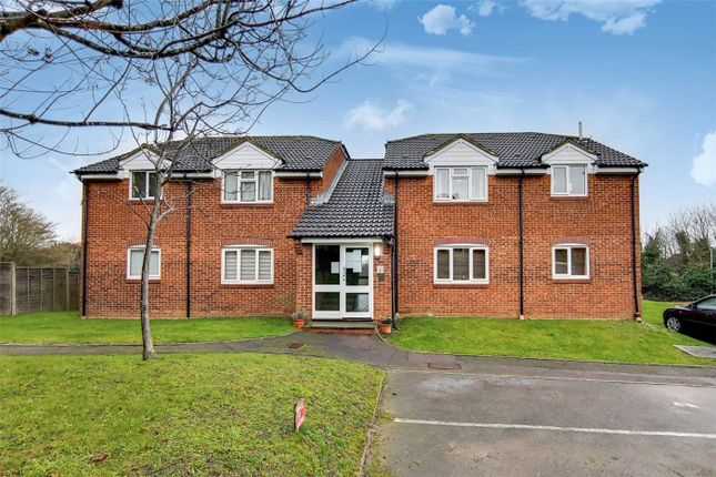 Studio for sale in Hunting Gate Drive, Chessington KT9