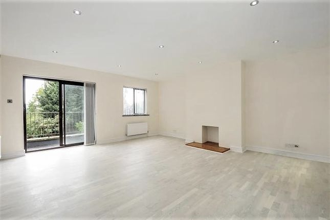 Thumbnail Town house to rent in Dollis Park, Finchley Central, London