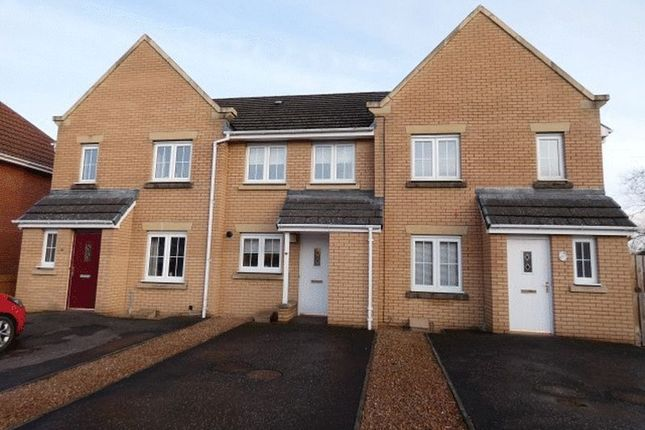 Thumbnail Terraced house to rent in Findon Lane, Glenrothes, Fife