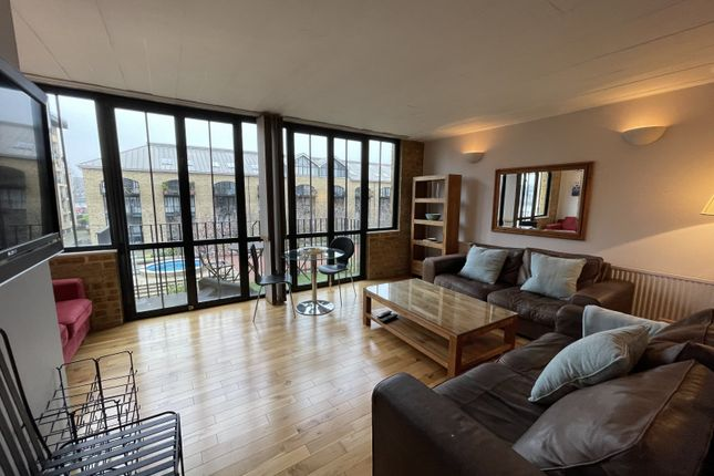 Thumbnail Flat to rent in Burrells Wharf Square, London, Isle Of Dogs