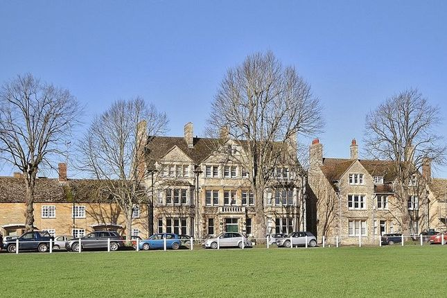Thumbnail Flat for sale in Church Green, Charter Place, Witney