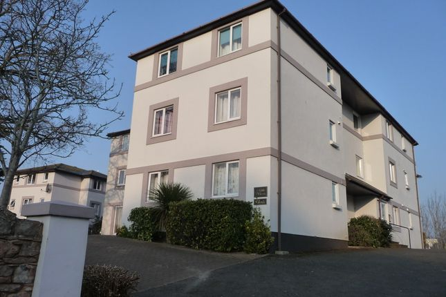 Thumbnail Flat to rent in Thurlow Road, Babbacombe, Torquay