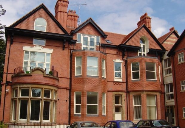 2 bed property for sale in Holme Road, Didsbury, Manchester