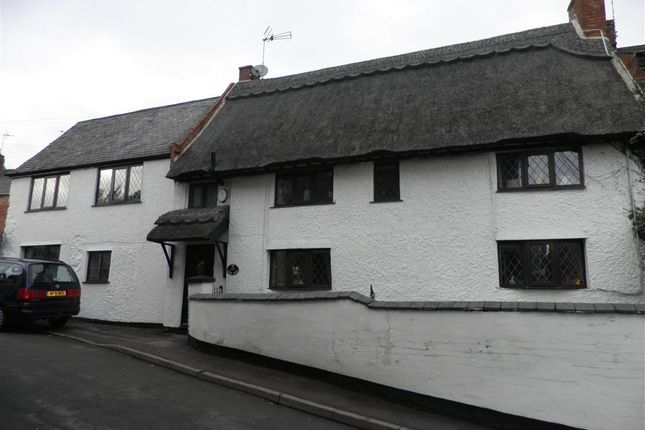 Thumbnail Cottage to rent in High Street, Enderby, Leicester