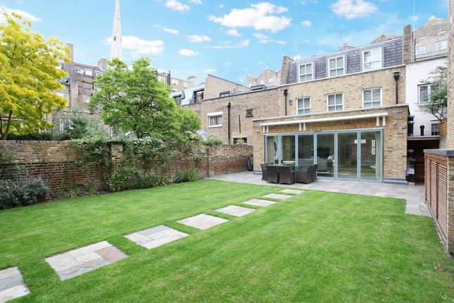 Thumbnail Mews house to rent in Leinster Mews, London