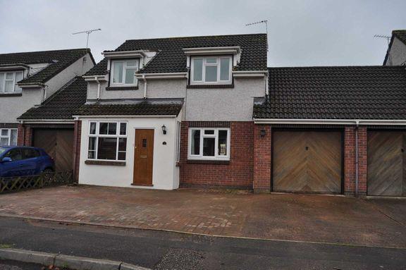 Thumbnail Property to rent in Pethertons, Halberton, Tiverton