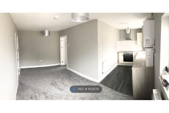 1 bed flat to rent in Pentremeurig Road, Carmarthen SA31