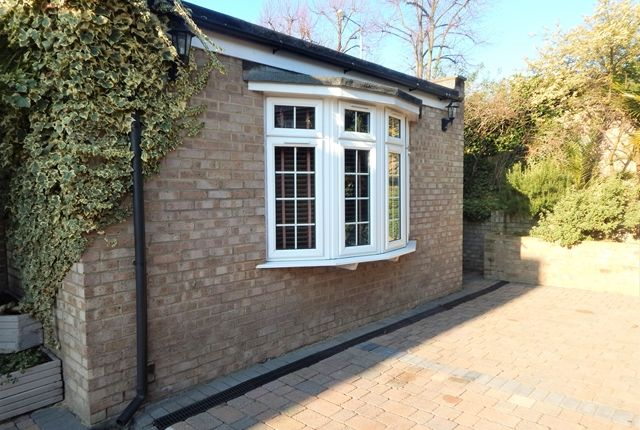 Thumbnail Flat to rent in Albion Road, Kingston Upon Thames, Surrey