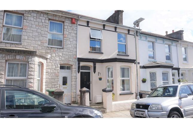 Thumbnail Flat for sale in Chudleigh Road, Plymouth