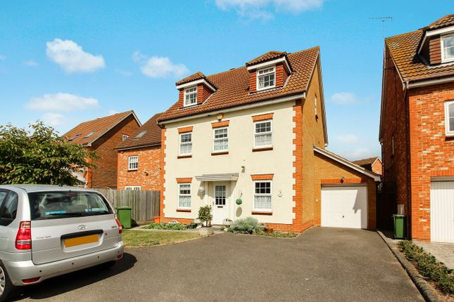 Thumbnail Detached house for sale in Farne Drive, Wickford
