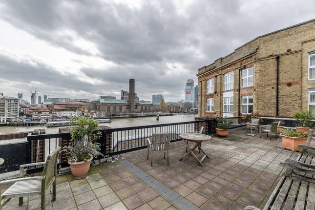 Thumbnail Flat for sale in Upper Thames Street, Blackfriars