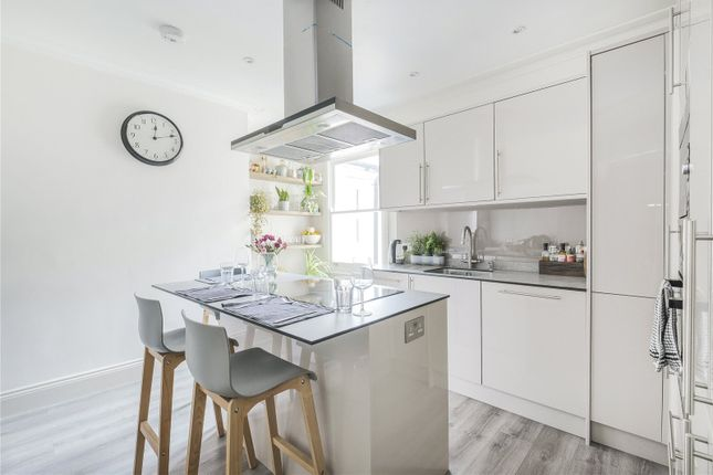 3 bed flat for sale in Leith Mansions, Grantully Road, Maida Vale, London W9