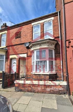 Thumbnail Terraced house for sale in Urban Road, Doncaster