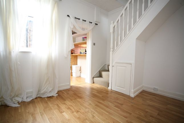 2 bed terraced house for sale in Prices Lane, York